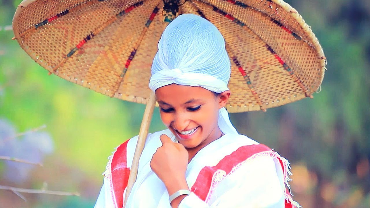 Kibur Weldegiorgis - Jemeregn | ጀመረኝ - New Ethiopian Music 2018 (Official Video)