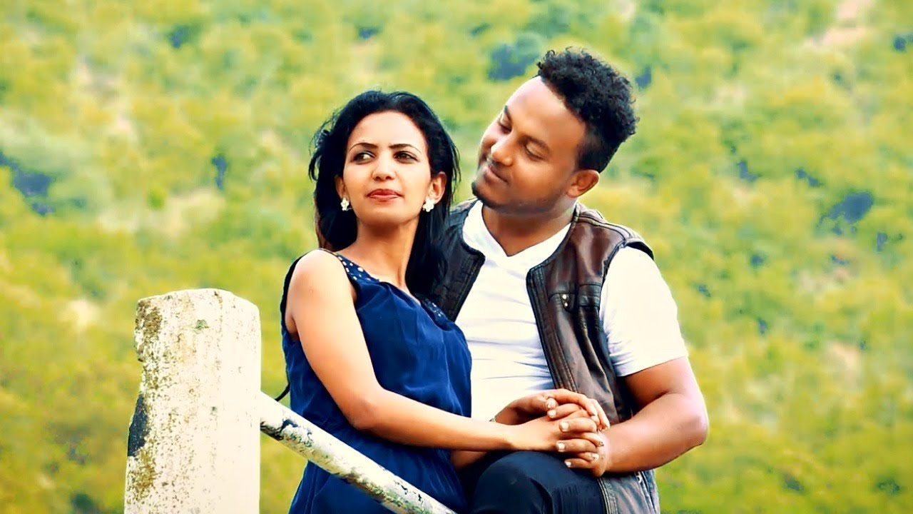 Yonatan Bisrat - Felfalit Fiqri | ፈልፋሊት ፍቕሪ - New Ethiopian Music 2019 (Official Video)